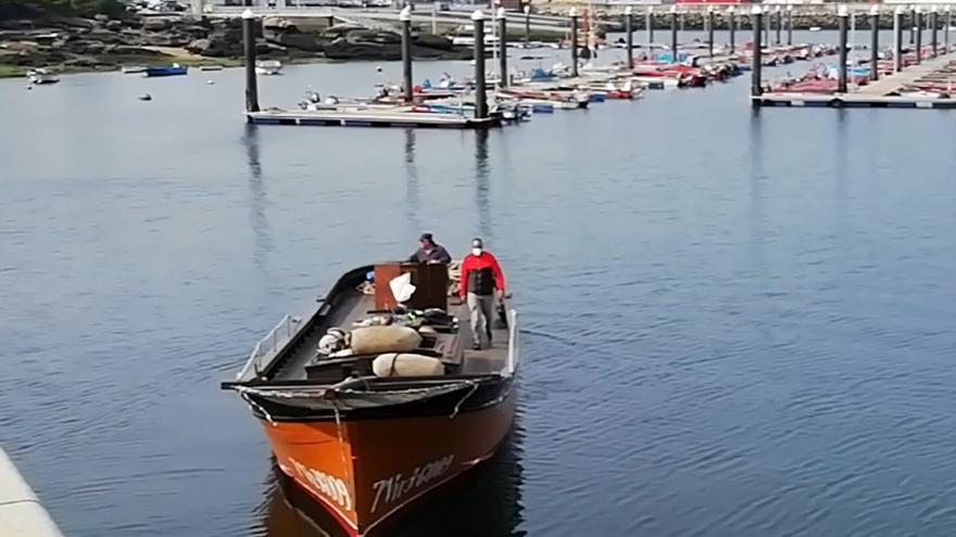 """O 'Rei'' do mar' navega coa súa nova """"vela cangrexo"""""""
