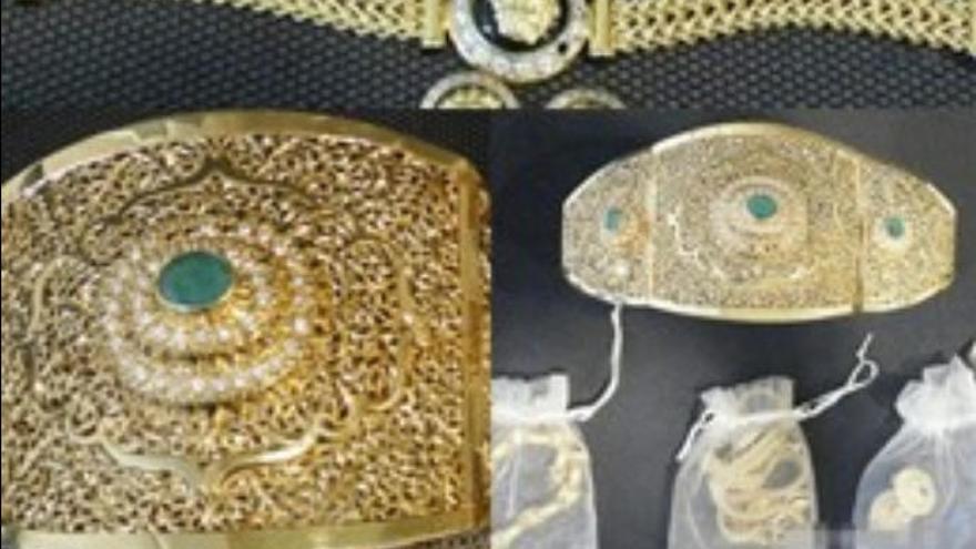 Roba joyas por valor de 40.000 euros a la mujer que le acoge