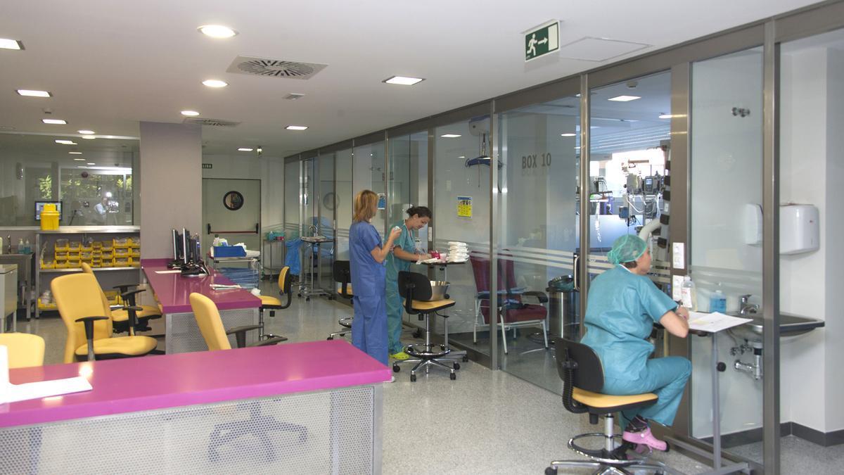 Unidad de Cuidados Intensivos (UCI) del Hospital Virgen del Rocío de Sevilla