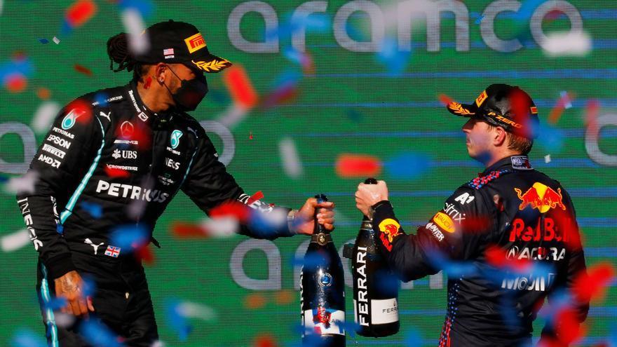 Un gran Verstappen supera a Hamilton en el GP de Estados Unidos