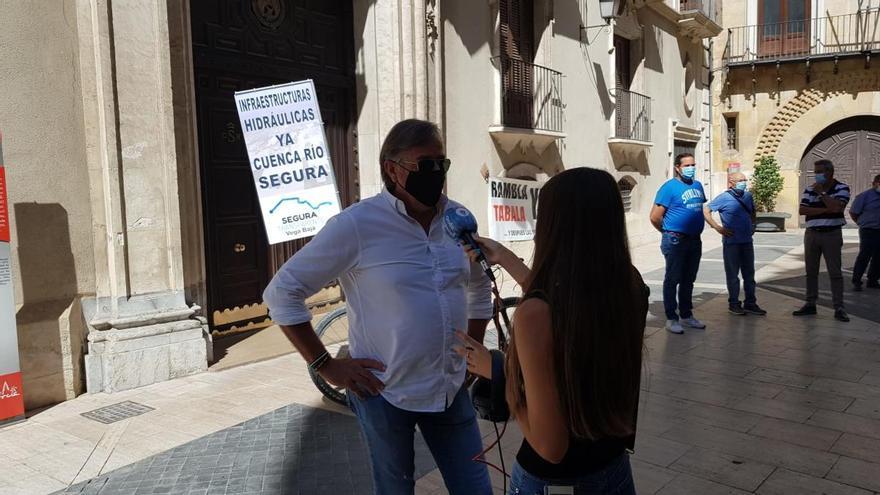 Vecinos de la Vega Baja reclaman ante la CHS la presa de Tabala