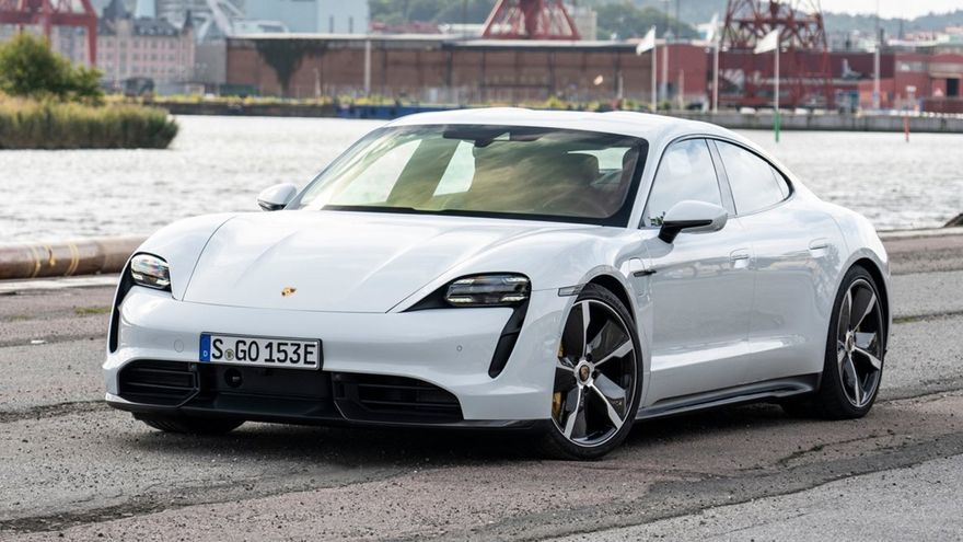 Porsche inyecta estilo deportivo con el Taycan