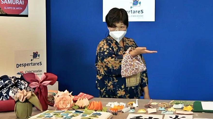 La muestra 'Geisha y Samurái' completa su oferta con dos proyecciones y talleres