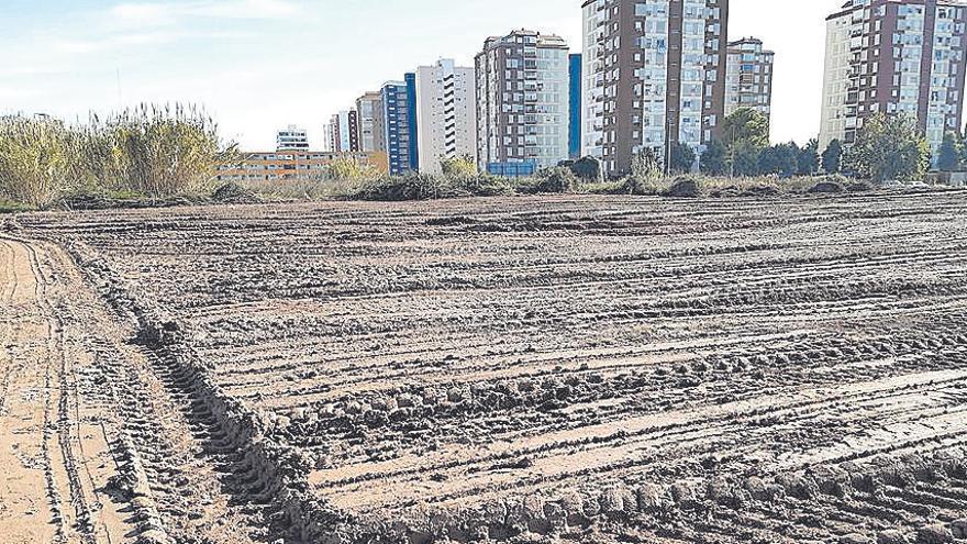 La Pobla acondiciona una parcela para filtrar las aguas fecales