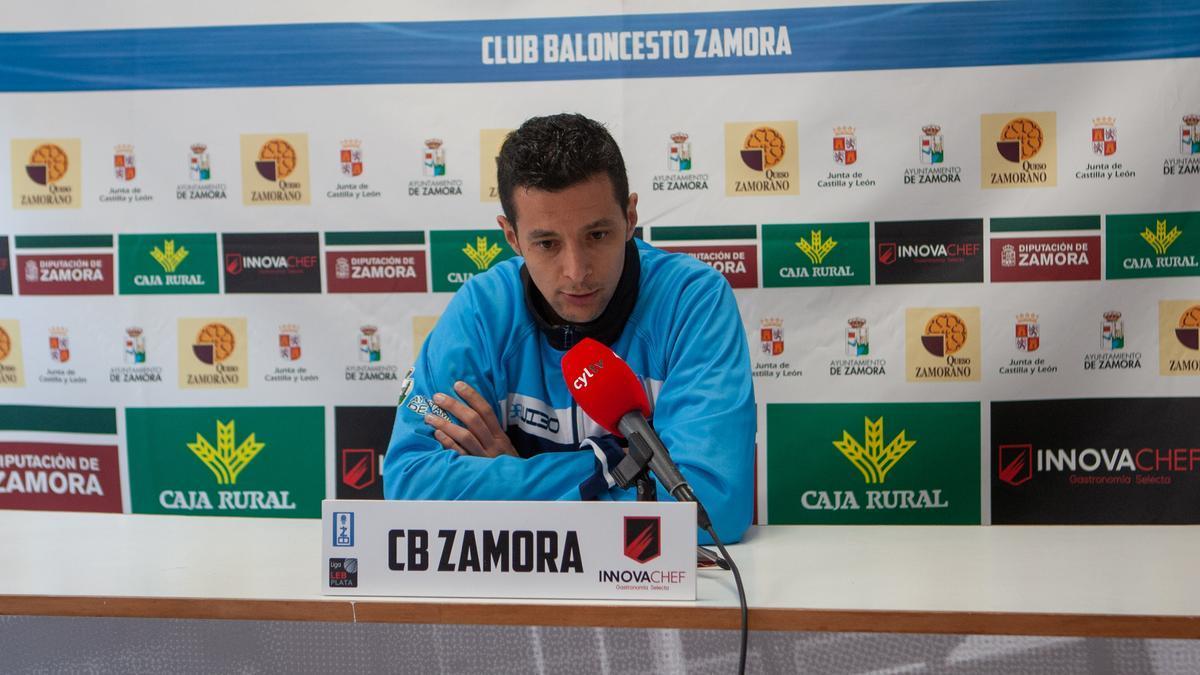 Saulo Hernández, entrenador del CB Zamor Innova Chef.