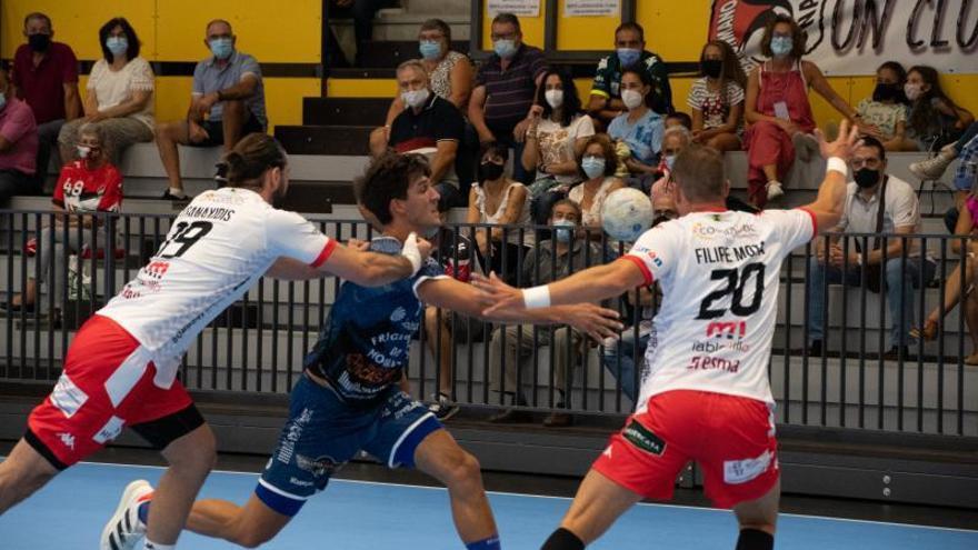 El Cangas, a estrenarse ante el subcampeón