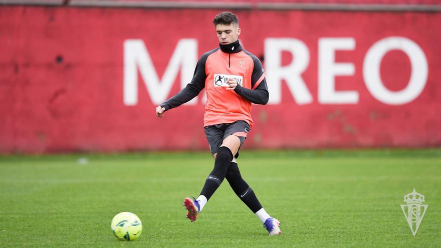 Otra buena noticia para David Gallego: Nacho Méndez ya toca balón en Mareo