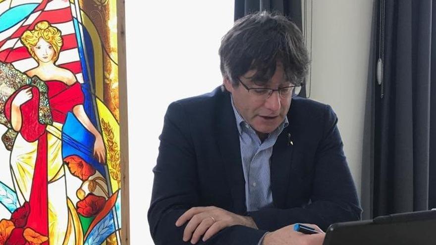Puigdemont y Comín acceden al Parlamento Europeo como invitados de un diputado