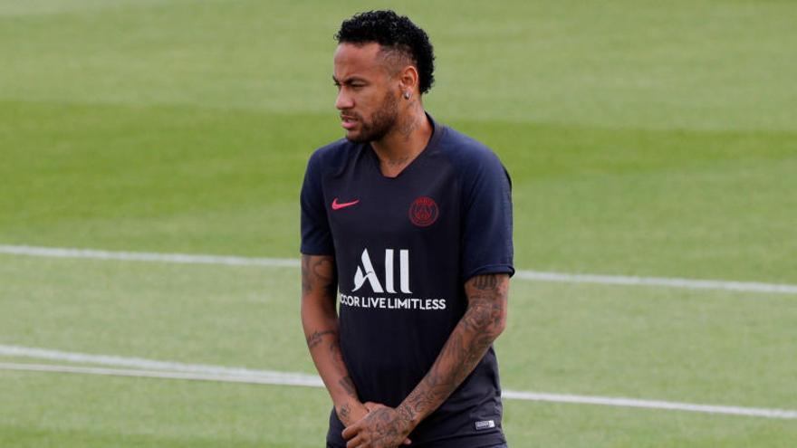 """El PSG reconeix que les negociacions per Neymar estan """"avançades"""""""