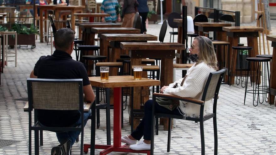 La economía andaluza repuntará en 2021 tras caer entre un 11,7% y un 12,2%