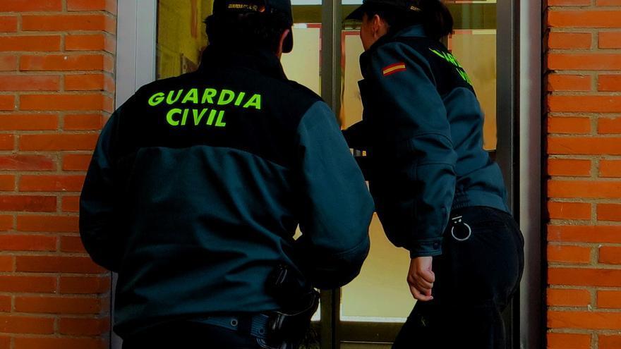 Nuevo auxilio de la Guardia Civil de Zamora a un mayor que se había caído en casa