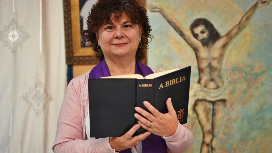 "Las misas gallegas de la ""madrecita"" Christina Moreira"