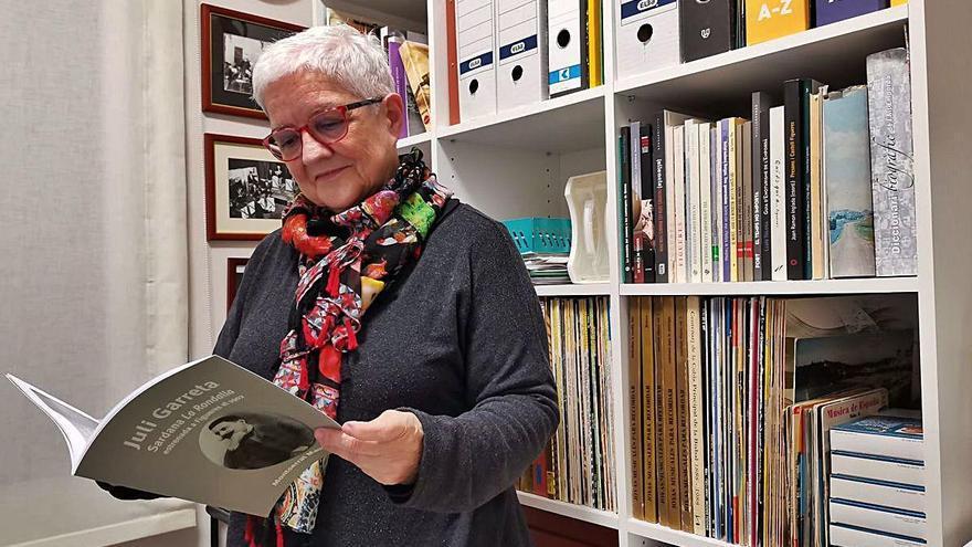 Montserrat Mauné treu de l'oblit la sardana «La rondalla»
