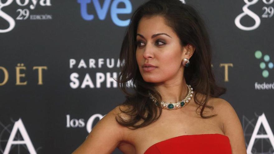 Hiba Abouk se desnuda para felicitar el cumpleaños a un amigo