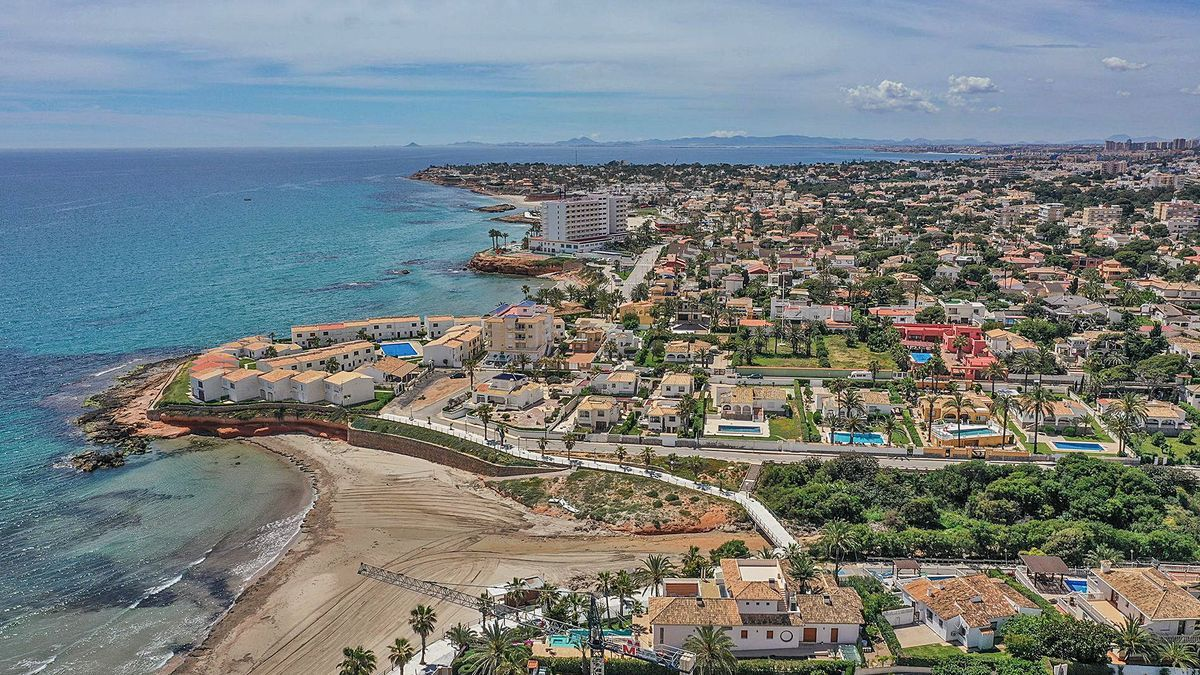 Una vista aérea de las urbanizaciones de Orihuela Costa.