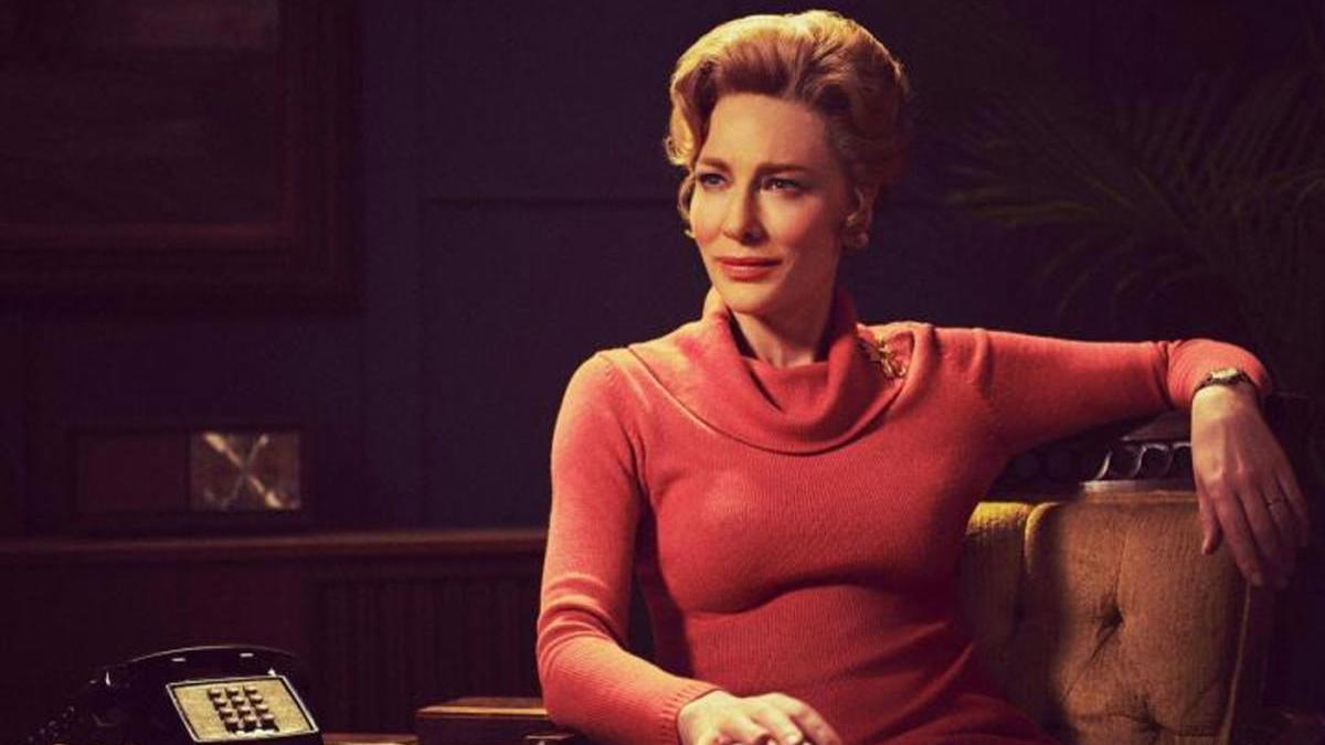 Cate Blanchett, como Phyllis Schlafly.