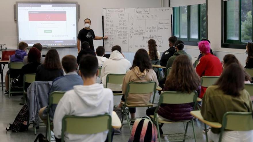 Una cuarta parte de jóvenes titulados en Bachillerato opta por hacer después una FP