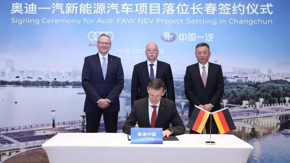 Audi se asocia con FAW para producir eléctricos en China