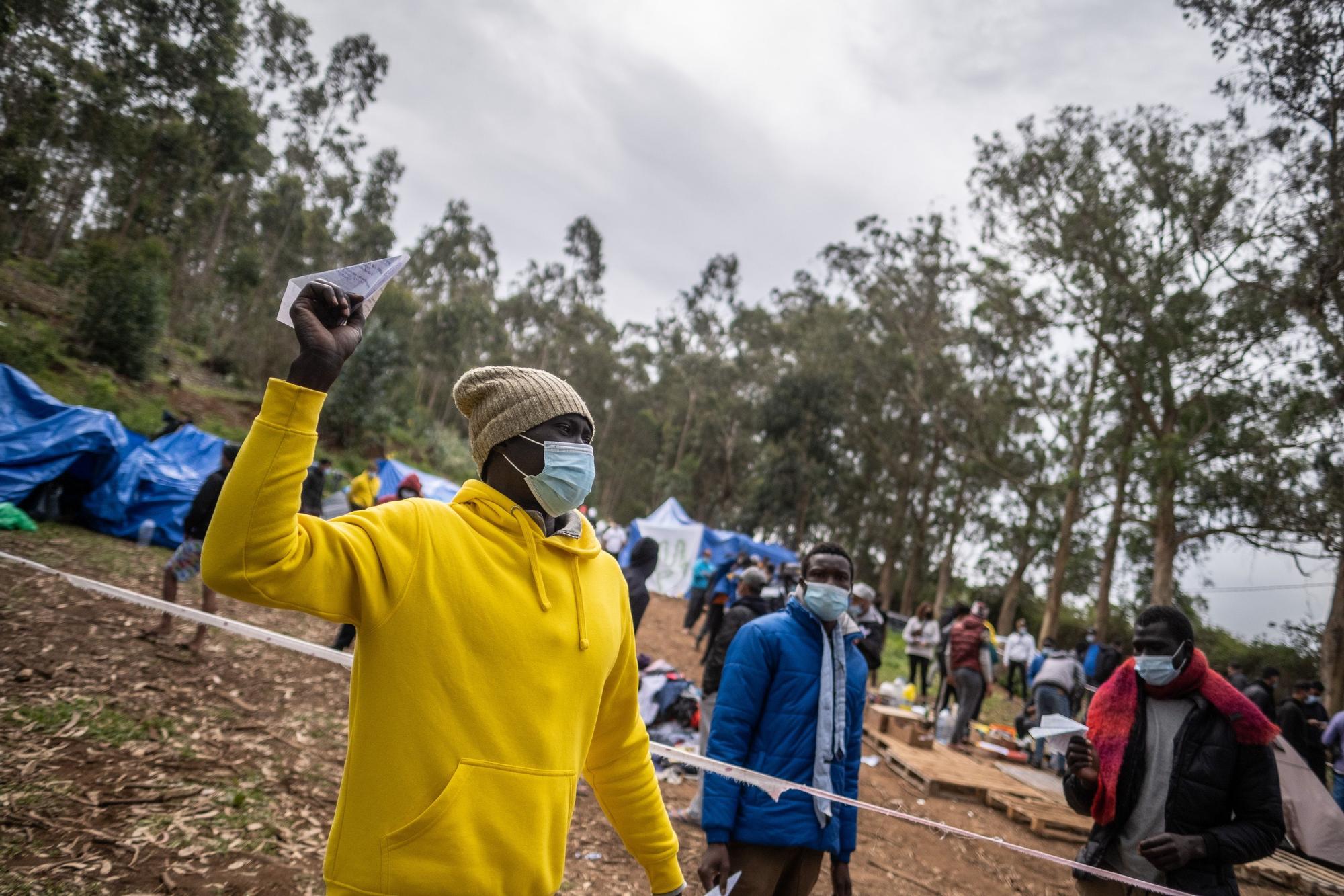 Protestas de migrantes en Las Raíces