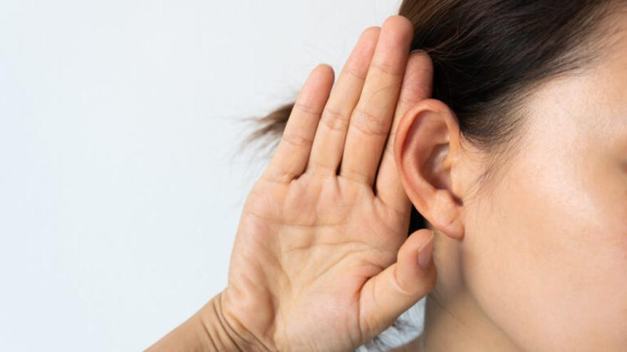 Las consecuencias de los cascos: una de cada cuatro personas tendrá problemas auditivos en 2050