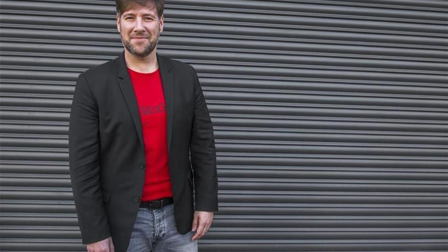 Carlos Latre será el pregonero del carnaval de Badajoz
