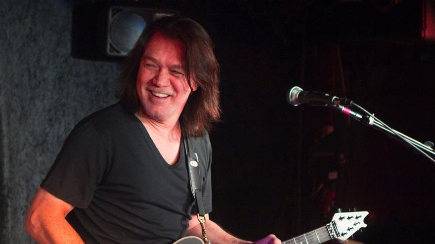 Muere Eddie Van Halen, legendario guitarrista de la banda Van Halen