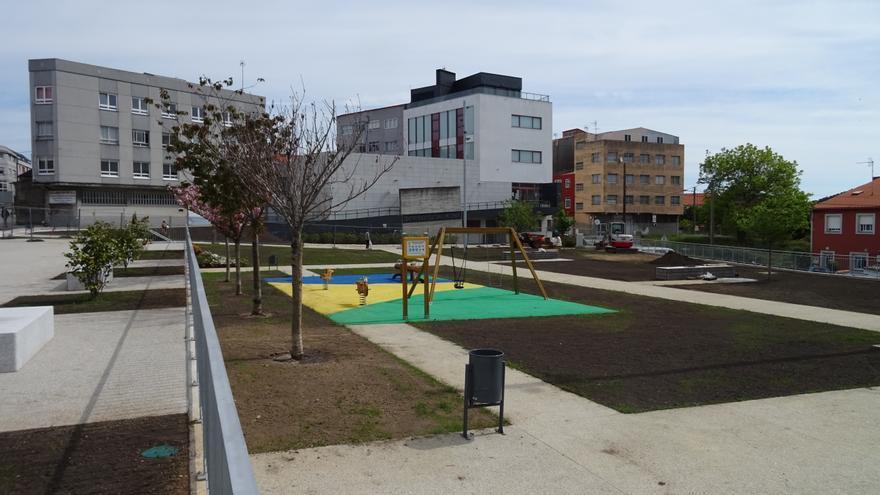 El Concello prevé abrir la nueva plaza del centro cívico de Meicende en el mes de mayo