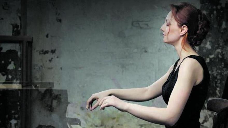 Varvara: «No vaig començar a gaudir el piano fins després de 10 anys de tocar-lo»