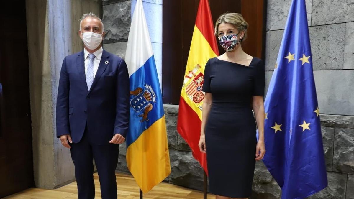 Ángel Víctor Torres y Yolanda Díaz.