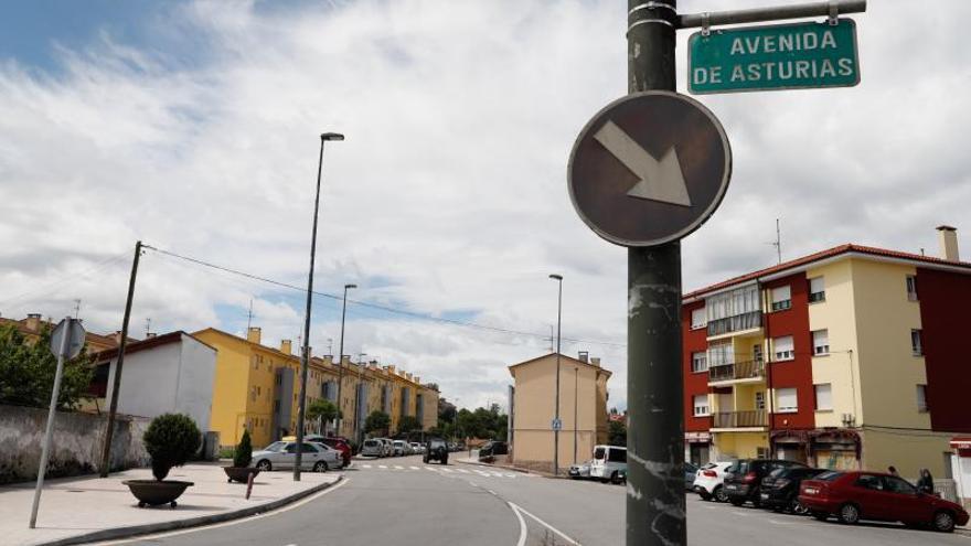 Instalan nuevas bancadas para bicicletas en La Carriona y La Magdalena
