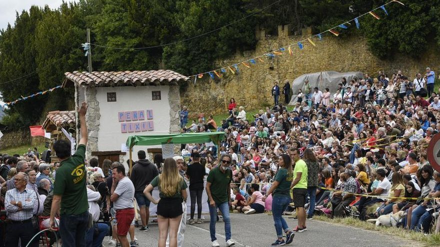"""La asociación """"San Félix"""" suspende el desfile de carrozas de Valdesoto (Siero)"""
