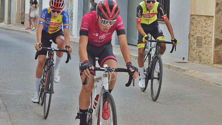 Diez podios para las escuelas ciclistas de Xàtiva y Ontinyent en el Trofeu de l'Énova