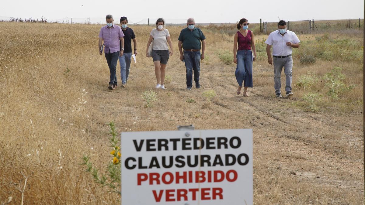 Escombrera anteriormente restaurada por la Junta en Villafáfila.