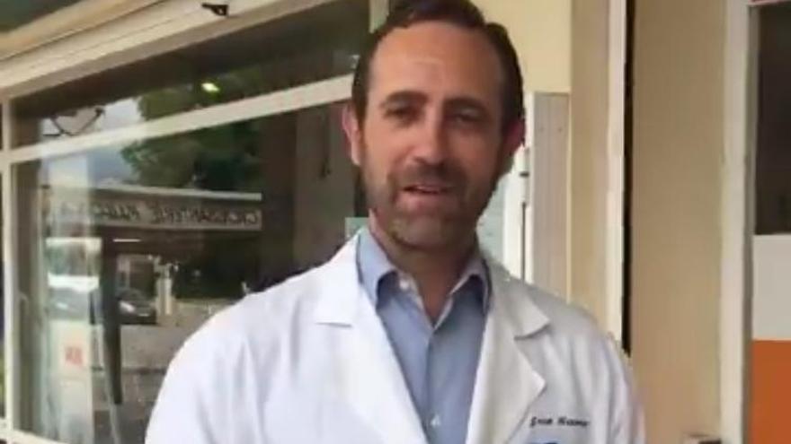 """Bauzá ejerce de político """"ejemplar"""": renuncia a vacunarse en su farmacia"""