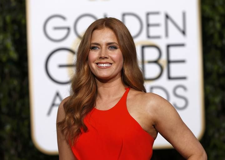 Amy Adams arrives at the 73rd Golden Globe Awards in Beverly Hills