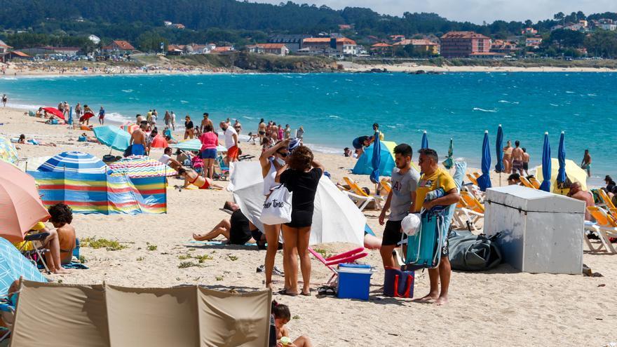 Y los bañistas volvieron a tomar las playas