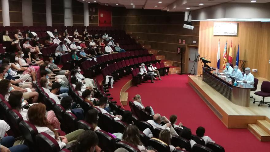 Los diez mejores MIR eligen el Hospital de Alicante para completar su formación
