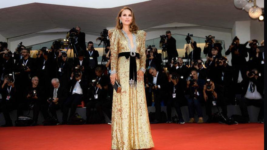 Natalie Portman deslumbra en el Festival de Venecia con la tendencia de la temporada