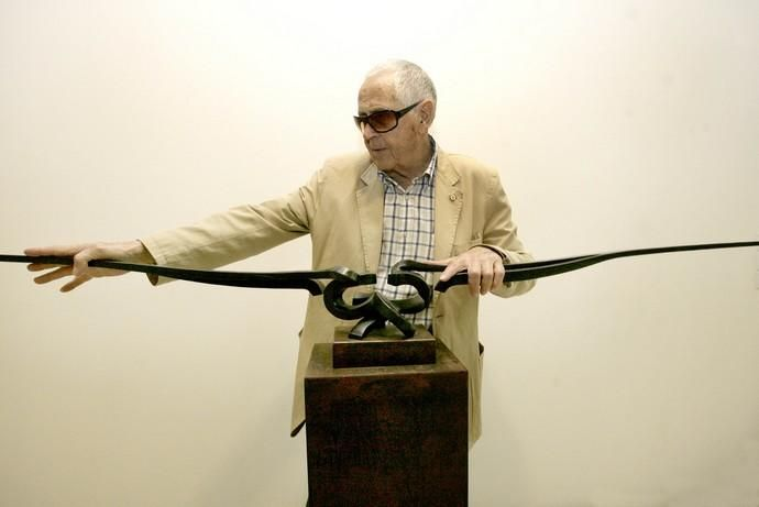 CULTURA exposición retrospectiva Martín Chirino en la caixa , escultor , artista , esculturas . crónica del viento
