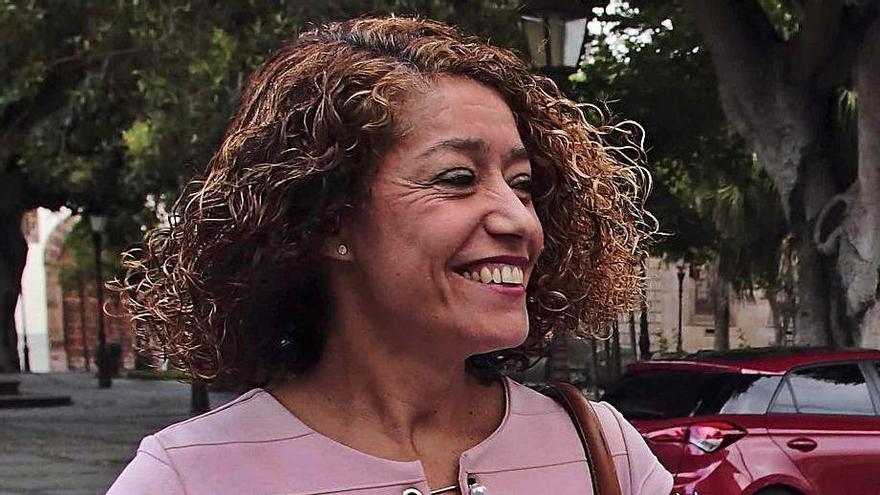 La oposición pide que se investiguen los dos contratos a dedo a Sandra Rodríguez