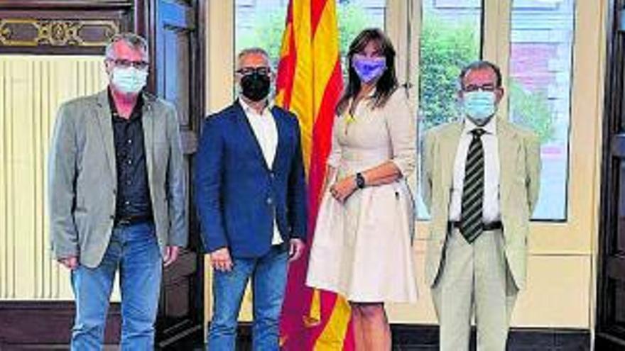 Representants de la Federació Catalana de Passions es reuneixen amb la presidenta del Parlament