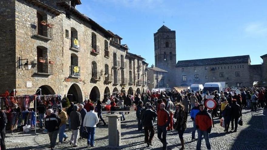 La Diputación de Huesca otorga ayudas a 18 entidades locales para celebrar ferias, exposiciones y salones