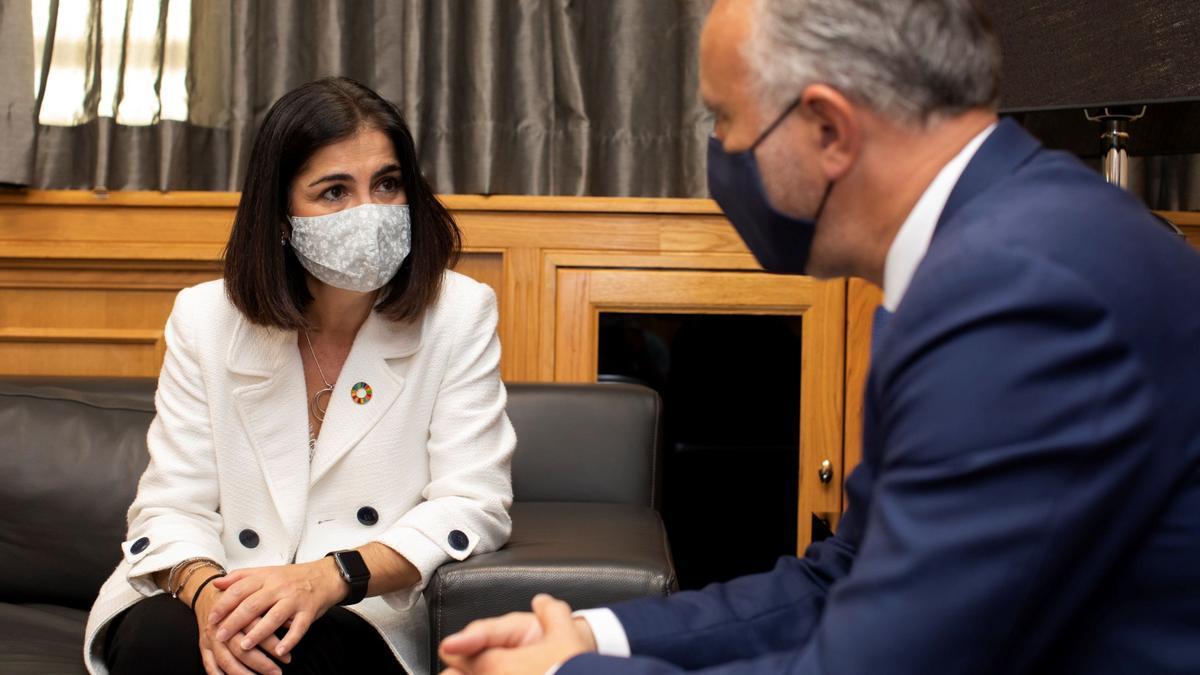 Carolina Darias junto al presidente de Canarias Ángel Víctor Torres