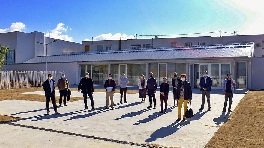 Investigan al alcalde de la Font de la Figuera por la compra ilegal de un solar para un centro de día