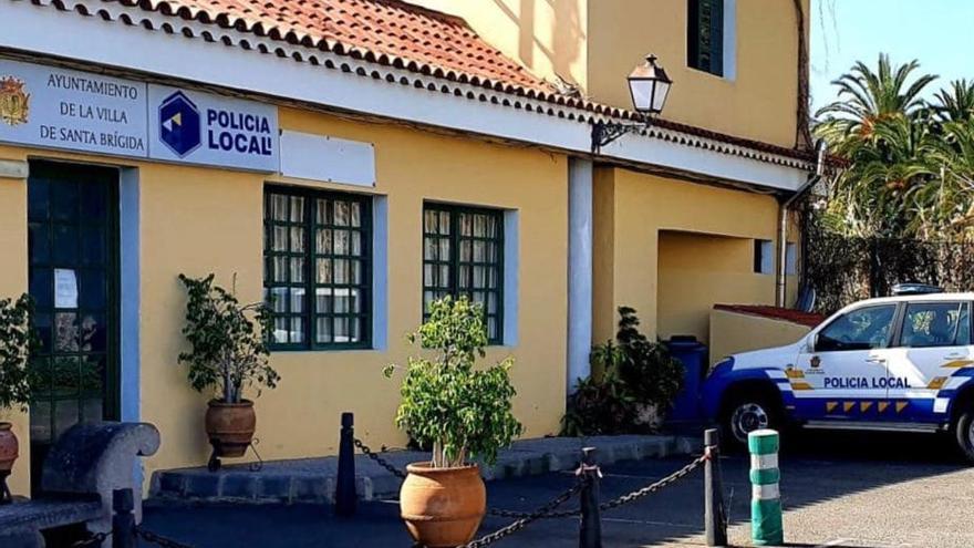 Los trabajadores municipales de Santa Brígida se declaran en conflicto laboral