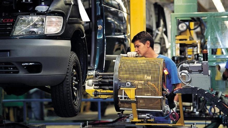 Mercedes-Benz en Vitoria prepara un ERTE para 5.000 empleados