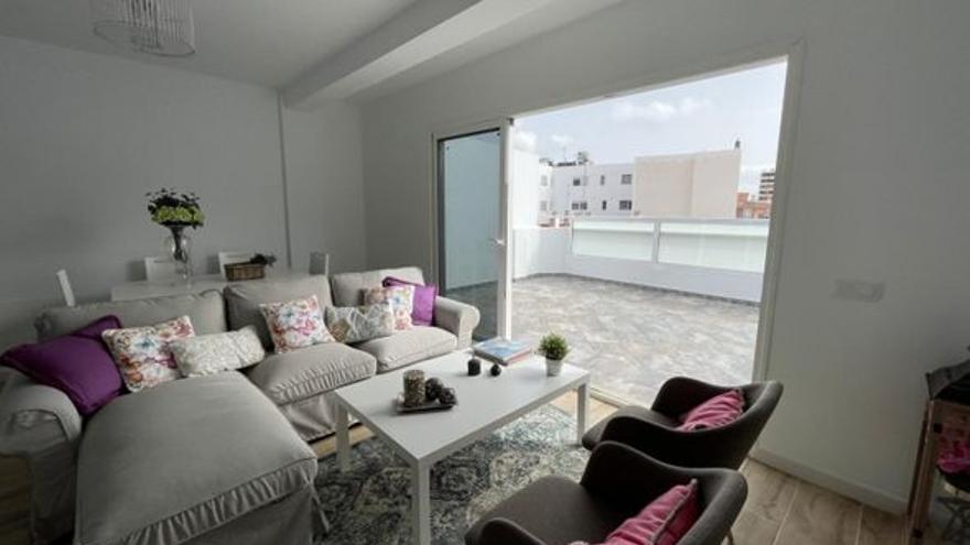 Tres áticos en venta en el centro de Las Palmas de Gran Canaria, por menos de 210.000 euros