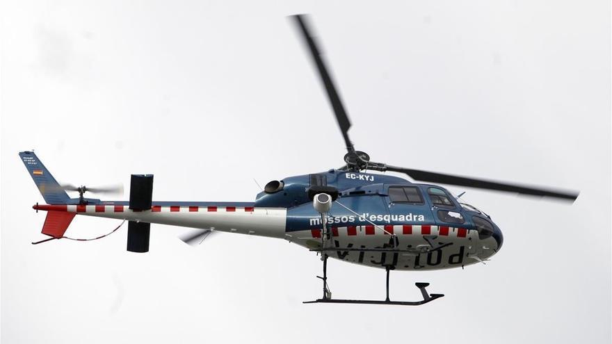 Peligro en Barcelona: denunciado el piloto de un helicóptero procedente de Mallorca por sobrevolar la ciudad a baja altura sin permiso