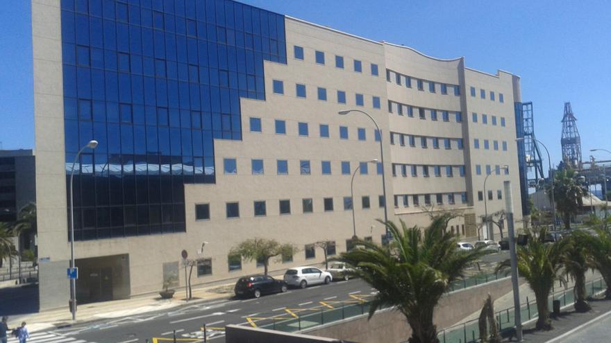 El fiscal pide 25 años de cárcel al acusado de abusar de una niña de siete