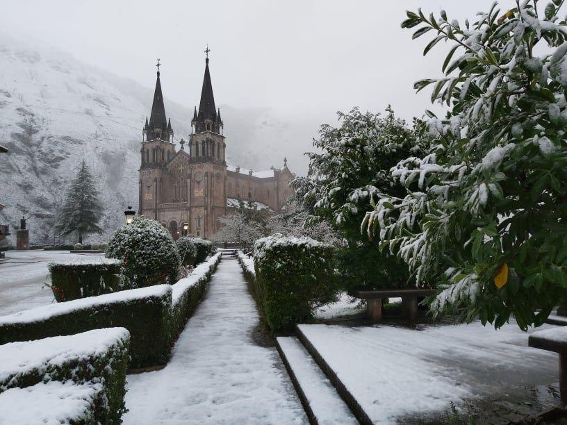 Covadonga, nevado.jpg
